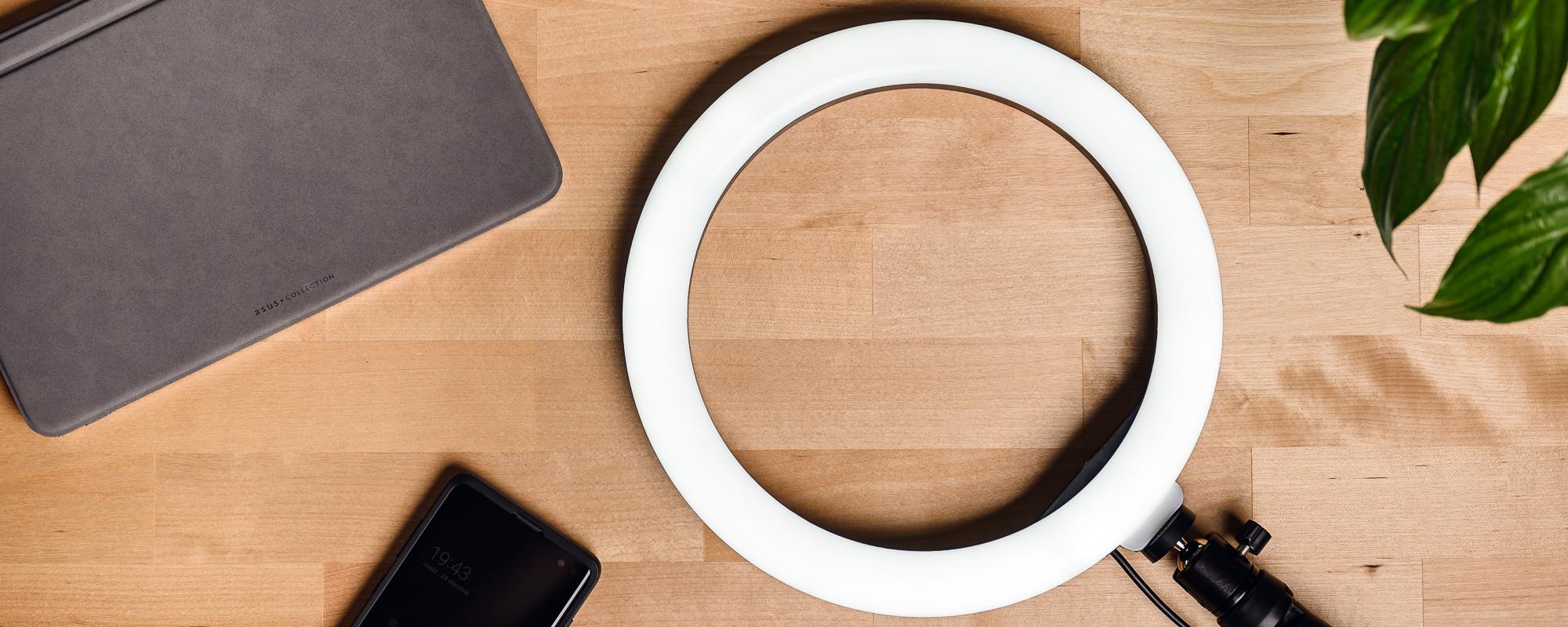 Lampa pierścieniowa LED Newell RL10 RGB
