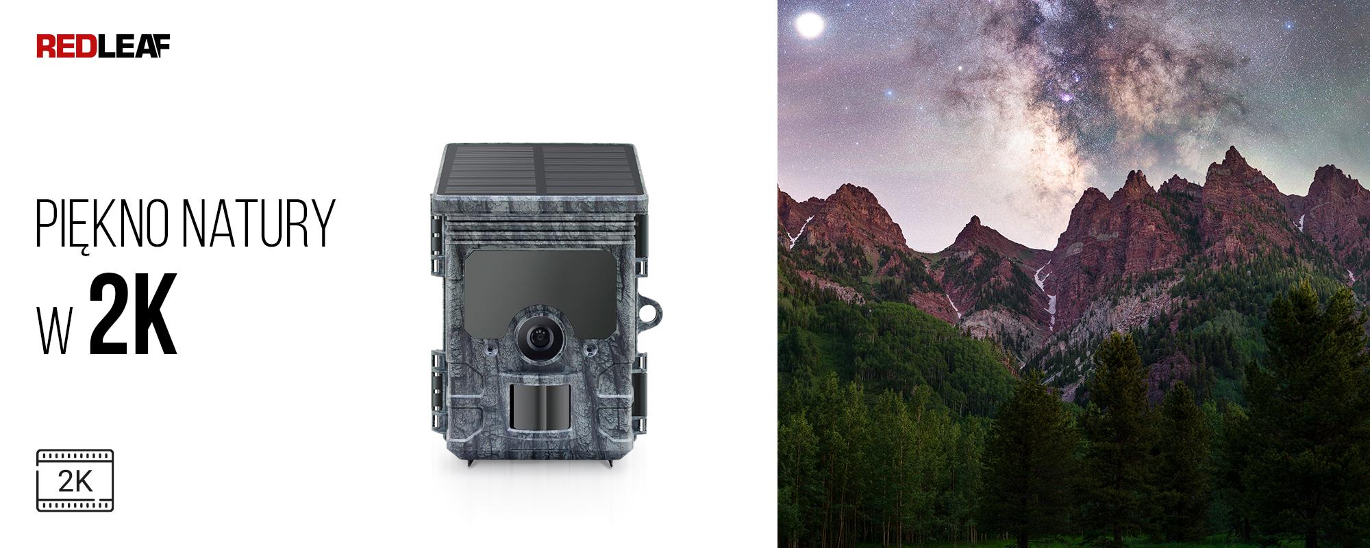 Kamera obserwacyjna z panelem słonecznym Redleaf RD7000 WiFi oraz gwieździste niebo i góry