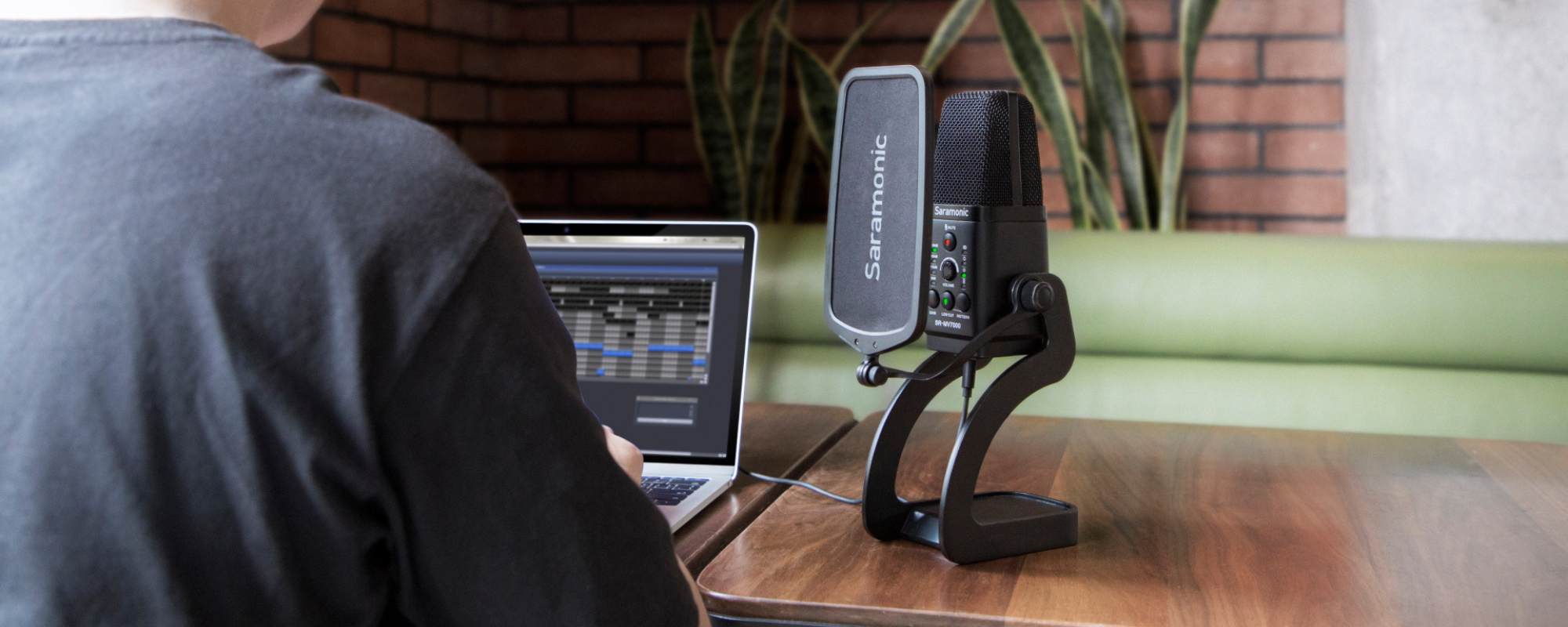 Mikrofon pojemnościowy Saramonic SR-MV7000 do podcastów