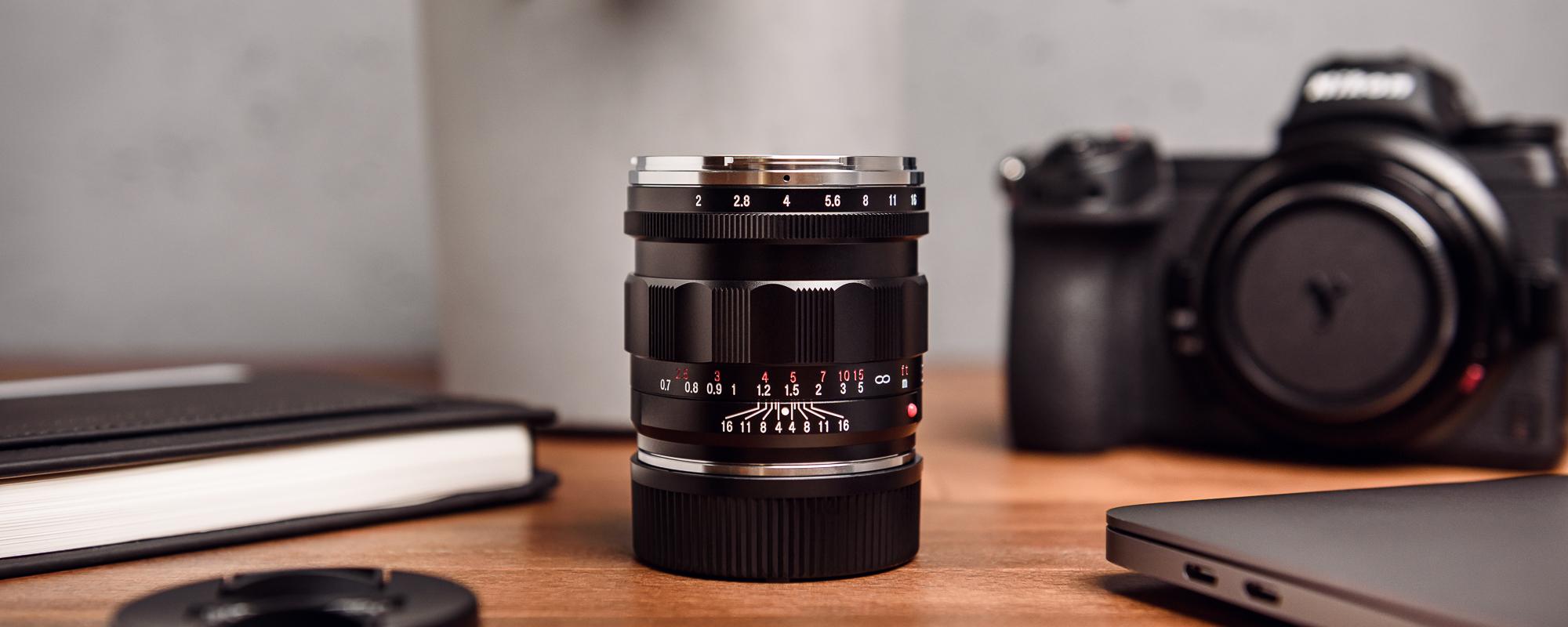 Voigtlander APO Lanthar 50 mm f/2.0 lens for Leica M - all-metal barrel