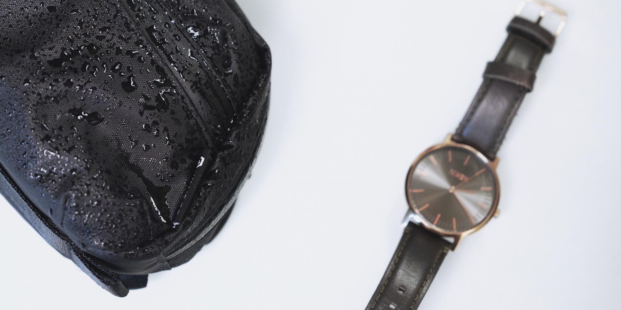 Wandrd Toiletry Bag Medium - durable and waterproof